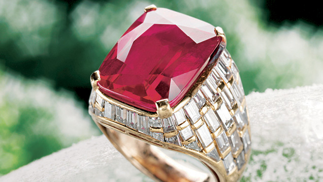 ring with Burmese ruby set