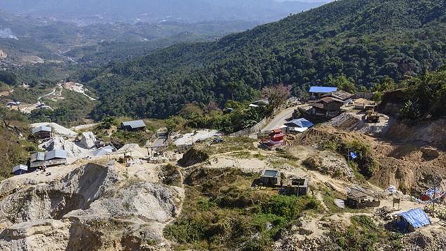 Large Scale Mechanized Mining