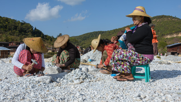 Colorful Attire of the Kanase Women