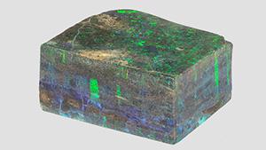 鱼卵状的蛋白石石块