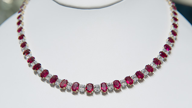 Red beryl matched suite necklace