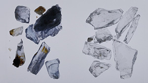 Scapolite fragments exposed to UV radiation