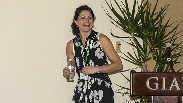 Raquel Alonso-Perez at the 2014 Sinkankas Symposium