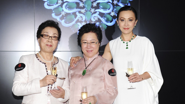 Chief filigree inlay designer Master Jingyi Bai, Yunhe Wang, and famous movie star Kai-ling Lau