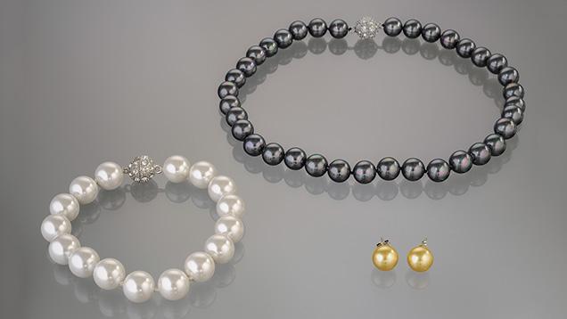 shell pearl necklace, bracelet, earrings