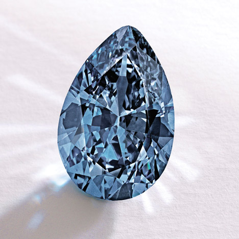 9.75 ct Fancy Vivid blue diamond