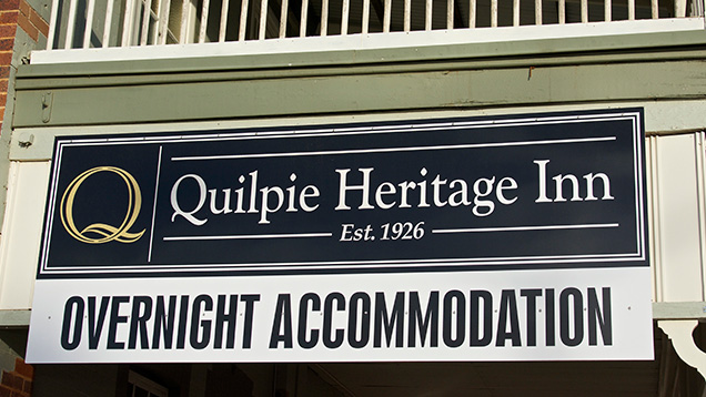 Quilpie Heritage Inn sign