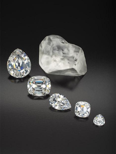 合成二氧化锆石原石和刻面合成二氧化锆石