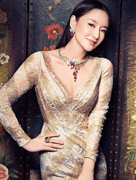 Chinese movie star Sun Ning modeling jewerly pieces by Enzo