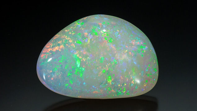 117.85 Carat Australian Light Opal Cabochon