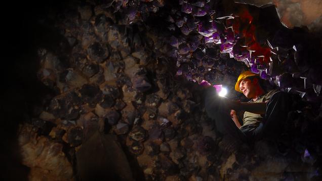 Amethyst in Anahi Mine