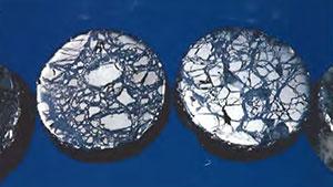 角礫岩化したパイライト