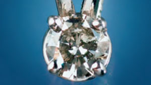 0.20 ct CVD synthetic diamond pendant