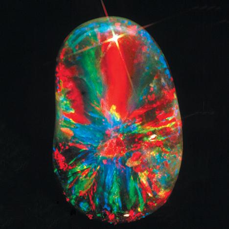 超新星黑蛋白石