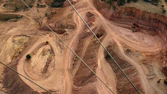 露天掘り鉱山