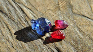 Rubies and sapphires from Didy in Madagascar were recently discovered by timber loggers in a remote jungle covered area in the North East of Madagascar. Some very fine, large and clean rubies and blue sapphires were produced from the new deposit.