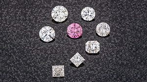 Near-colorless and Fancy Vivid purplish pink CVD synthetic diamonds