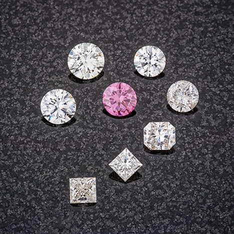 Near-colorless and Fancy Vivid purplish pink CVD synthetic diamonds