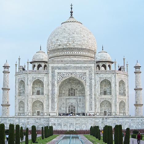 Entering the Taj Mahal