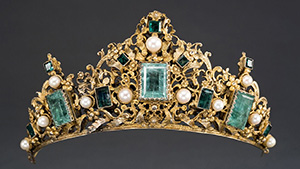 Tiara from Colombia or Ecuador ca. 1690