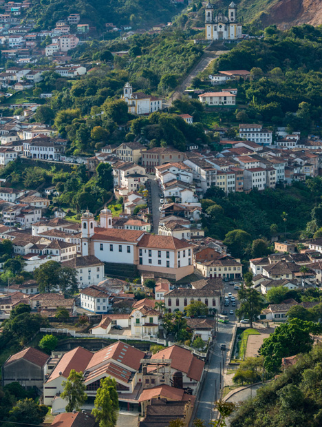 Ouro Preto is an old colonial Baroque town in Minas Gerais that was made famous for its gold deposits and also for the so-called Imperial topaz mines. Photo by Robert Weldon/GIA