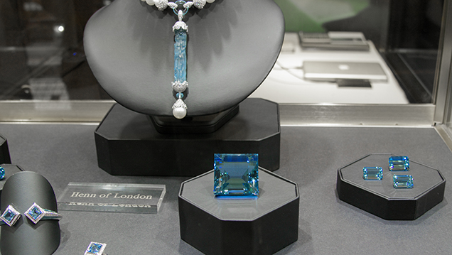 Square-cut aquamarine