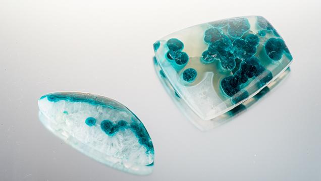 Blue chrysocolla in quartz