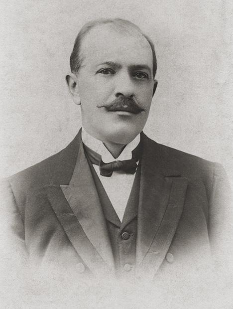 Dr. Antonio José Cadavid