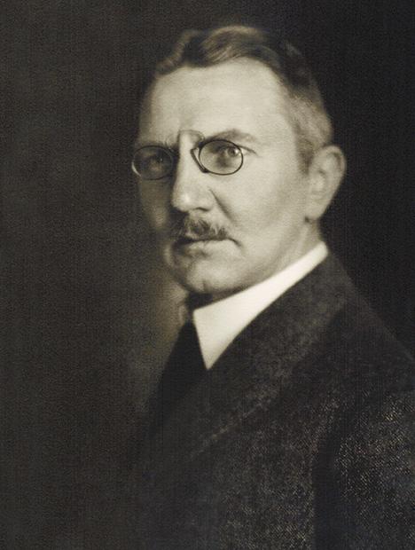 Dr. Hjalmar Schacht