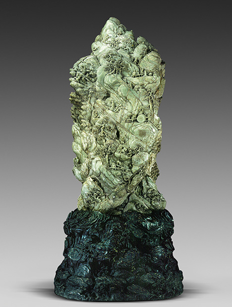 Nephrite sculpture weighing at least 5,000 kg features an imperial poem engraved on its back.