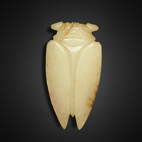 Concisely carved jade cicada typical of the Han Badao craft.