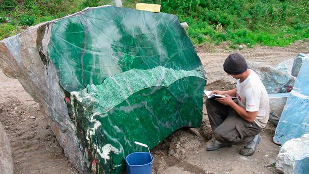 Polar Pride nephrite jade boulder