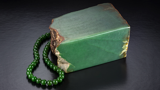 Green Nephrite Jade Attracts Buyers In Tucson Research