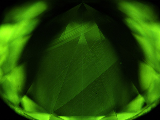 DiamondView image showing green fluorescence and growth striations in a CVD-grown diamond.