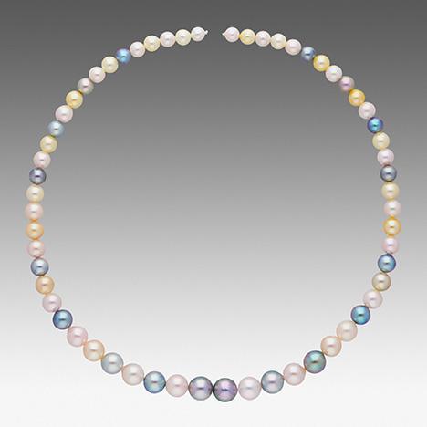 Hebra de Akoya que puede ser descrita por los factores de valor de la perla de GIA 7