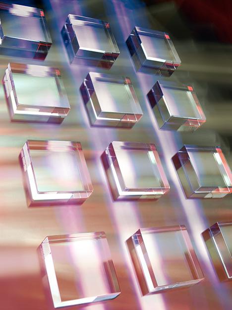 Single-crystal CVD diamond