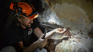 Underground opal mining in Koroit