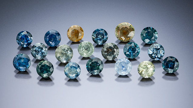 Alluvial Montana sapphire samples