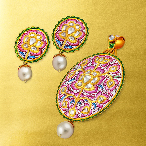 Jaipur's blend of tradition and innovation in colored stone jewelry