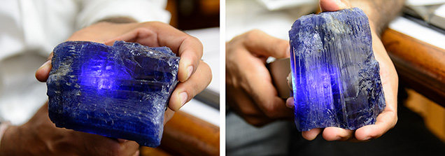 Observing pleochroism in rough tanzanite