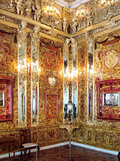 The History and Reconstruction of the Amber Room | Gems & Gemology