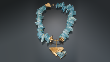 Arara Azul Necklace