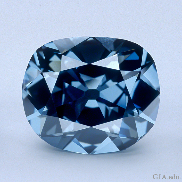 Hope Diamond(霍普钻)由 Smithsonian Institution(史密森学会)友情提供