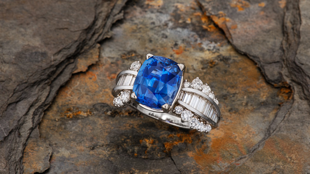 4.93 carat Sri Lankan sapphire ring. Photo by Orasa Weldon; courtesy of Leslie Weinberg Designs.